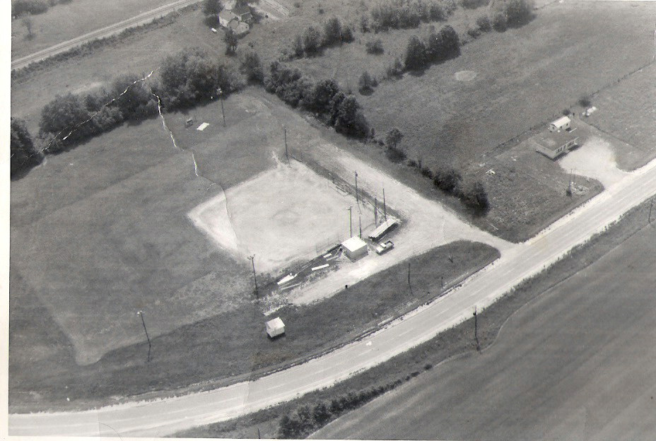 old-kinmundy-ballpark.jpg